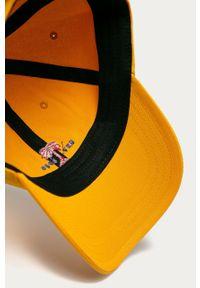 Żółta czapka z daszkiem Vans z aplikacjami
