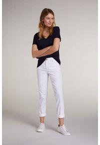 Granatowy bawełniany t-shirt z krótkim rękawem Oui. Kolor: niebieski. Materiał: bawełna. Długość rękawa: krótki rękaw. Długość: krótkie