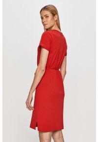 Czerwona sukienka TOMMY HILFIGER z krótkim rękawem, mini
