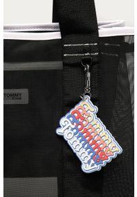 Czarna shopperka Tommy Jeans na ramię, duża, gładkie
