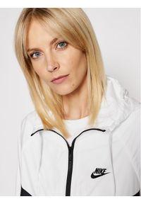 Nike Kurtka przejściowa Sportswear Windrunner BV3939 Kolorowy Loose Fit. Wzór: kolorowy
