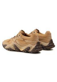 CATerpillar - Sneakersy CATERPILLAR - Vapor P110189 Curry. Okazja: na spacer, na co dzień. Kolor: beżowy. Materiał: skóra, zamsz, materiał. Szerokość cholewki: normalna. Styl: sportowy, casual