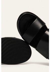 vagabond - Vagabond - Sandały skórzane Erin. Zapięcie: rzepy. Kolor: czarny. Materiał: skóra. Wzór: gładki