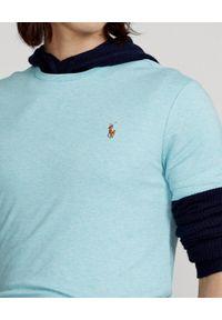 Ralph Lauren - RALPH LAUREN - Turkusowy t-shirt Custom Slim Fit. Typ kołnierza: polo. Kolor: niebieski. Materiał: bawełna. Wzór: haft, melanż