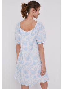 medicine - Medicine - Sukienka Summer Linen. Typ kołnierza: dekolt hiszpanka. Kolor: biały. Materiał: tkanina #2