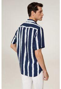 Niebieska koszula Mango Man z krótkim rękawem, z klasycznym kołnierzykiem, krótka, na co dzień