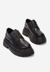Born2be - Czarne Półbuty Rosefalls. Wysokość cholewki: przed kostkę. Nosek buta: okrągły. Kolor: czarny. Szerokość cholewki: normalna. Wzór: jednolity. Obcas: na platformie
