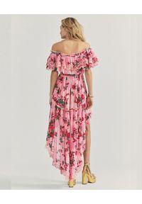 LOVE SHACK FANCY - Sukienka Weller w kwiaty. Kolor: różowy, fioletowy, wielokolorowy. Materiał: koronka. Wzór: kwiaty. Typ sukienki: asymetryczne. Długość: maxi