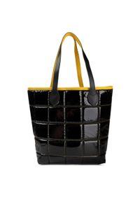 Czarna torebka klasyczna Togoshi skórzana, klasyczna