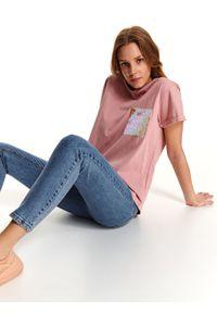 Różowy t-shirt DRYWASH casualowy, z aplikacjami
