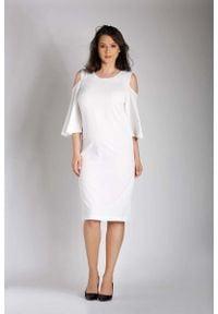 Nommo - Ecru Prosta Midi Sukienka z Rozkloszowanym Rękawem PLUS SIZE. Kolekcja: plus size. Materiał: wiskoza, poliester. Typ sukienki: dla puszystych, proste. Długość: midi
