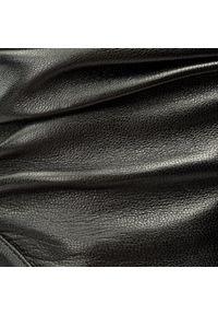 Stuart Weitzman - Botki STUART WEITZMAN - Demibenatar XO25963 Black Nappa. Kolor: czarny. Materiał: skóra. Obcas: na obcasie. Wysokość obcasa: średni