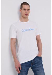 Calvin Klein Underwear - T-shirt piżamowy. Kolor: biały. Materiał: materiał. Wzór: nadruk