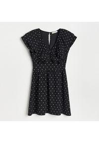 Reserved - Dzianinowa sukienka mini - Czarny. Kolor: czarny. Materiał: dzianina. Długość: mini