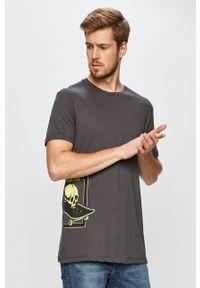 Szary t-shirt John Frank casualowy, z nadrukiem, na co dzień
