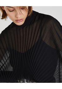 Patrizia Pepe - PATRIZIA PEPE - Długa plisowana sukienka. Kolor: czarny. Materiał: poliester. Typ sukienki: rozkloszowane, oversize. Styl: elegancki. Długość: maxi