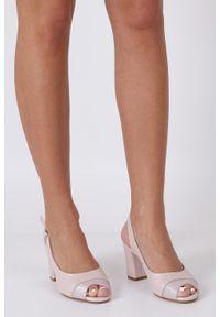 Sergio Leone - Różowe sandały na słupku perła sergio leone sk762. Kolor: różowy. Obcas: na słupku
