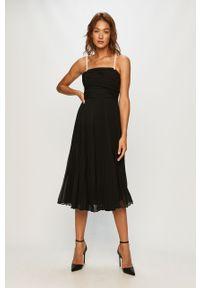 Czarna sukienka Miss Sixty na co dzień, plisowana, z nadrukiem
