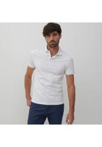 Reserved - Koszulka polo z bawełny organicznej - Biały. Typ kołnierza: polo. Kolor: biały. Materiał: bawełna