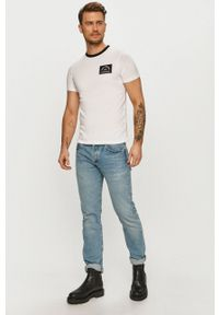 Karl Lagerfeld - T-shirt. Okazja: na co dzień. Kolor: biały. Materiał: dzianina. Wzór: nadruk. Styl: casual