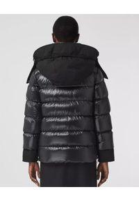Burberry - BURBERRY - Puchowa kurtka z odpinanym ocieplaczem. Kolor: czarny. Materiał: puch