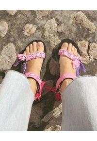 ARIZONA LOVE - Sandały Trekky Mix Pink. Zapięcie: rzepy. Kolor: różowy, fioletowy, wielokolorowy. Materiał: materiał, bawełna. Wzór: paisley, paski