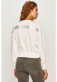Biała bluza Calvin Klein Jeans na co dzień, casualowa, bez kaptura