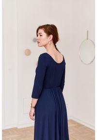 Marie Zélie - Sukienka Limosa granatowa. Kolor: niebieski. Materiał: wiskoza, dzianina, materiał, elastan. Długość: midi