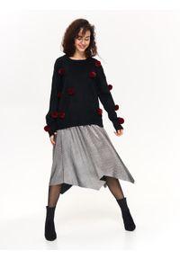 Czarny sweter TOP SECRET elegancki, na jesień, z kontrastowym kołnierzykiem, w kolorowe wzory