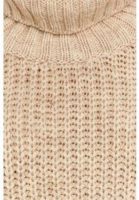 Kremowy sweter Answear Lab wakacyjny, długi, z długim rękawem, z golfem