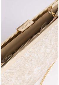 Złota torebka Monnari elegancka, z tłoczeniem, z motywem zwierzęcym