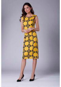 Nommo - Wizytowa Ołówkowa Sukienka z Zakładką na Ramionach. Materiał: wiskoza, poliester. Typ sukienki: ołówkowe. Styl: wizytowy