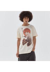 Cropp - Koszulka z nadrukiem - Beżowy. Kolor: beżowy. Wzór: nadruk
