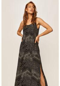 Czarna sukienka Answear Lab na ramiączkach, wakacyjna, na co dzień