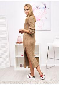 Czarny sweter Ligari Dresses w paski, z golfem, elegancki, długi