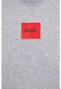 Hugo - HUGO - T-shirt/polo 50447978. Okazja: na co dzień. Typ kołnierza: polo. Kolor: szary. Materiał: dzianina. Wzór: aplikacja. Styl: casual