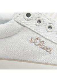 s.Oliver - Tenisówki S.OLIVER - 5-24601-26 White 100. Okazja: na co dzień. Kolor: biały. Materiał: materiał. Szerokość cholewki: normalna. Styl: casual