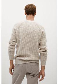 Biały sweter Mango Man długi, casualowy, z długim rękawem, na co dzień