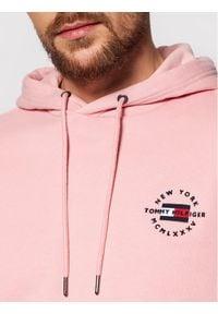 TOMMY HILFIGER - Tommy Hilfiger Bluza Circle Chest MW0MW18368 Różowy Regular Fit. Kolor: różowy