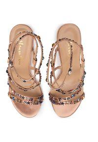 Różowe sandały Alma En Pena klasyczne, z aplikacjami
