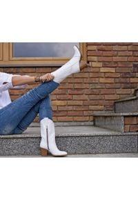 Zapato - kowbojki do połowy łydki - skóra naturalna - model 171 - kolor biały. Kolor: biały. Materiał: skóra