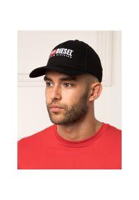Czarna czapka z daszkiem Diesel