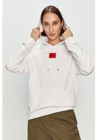Biała bluza Hugo z aplikacjami, z kapturem, casualowa