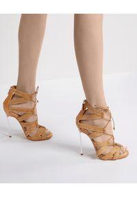 Casadei - CASADEI - Sandały na szpilce typu Blade. Zapięcie: zamek. Kolor: brązowy. Obcas: na szpilce