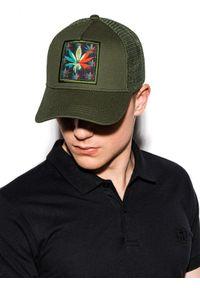 Brązowa czapka Ombre Clothing