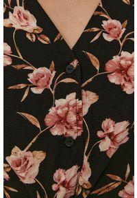 Vero Moda - Koszula. Kolor: czarny. Materiał: tkanina, wiskoza, materiał. Długość rękawa: krótki rękaw. Długość: krótkie