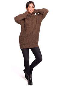 MOE - Karmelowy Oversizowy Sweter-Tunika z Golfem. Typ kołnierza: golf. Materiał: poliester, wełna