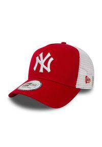 Czerwona czapka z daszkiem New Era gładkie