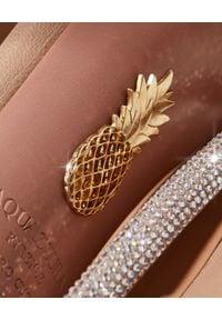AQUAZZURA - Sandały na szpilce Moon Crystal. Nosek buta: okrągły. Zapięcie: pasek. Kolor: beżowy. Wzór: paski. Obcas: na szpilce