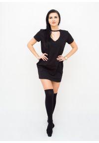 Czarna sukienka Fanaberia.com prosta